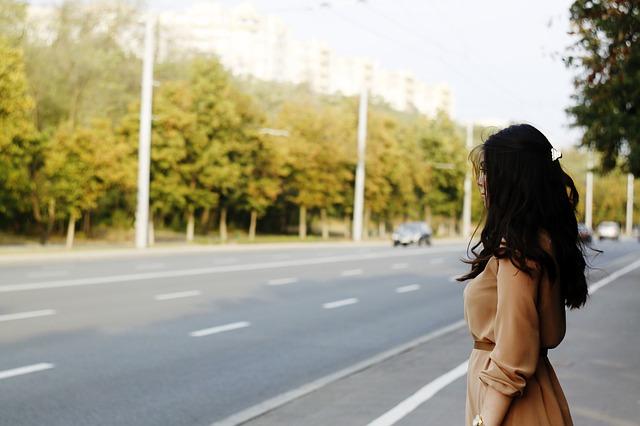 NAJLEPŠA LJUBAVNA PESMA NA SVETU: Čekaj me i ja ću sigurno doći (VIDEO)