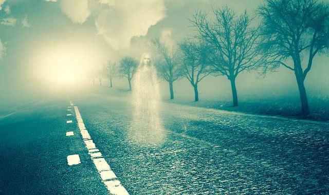 PORUKE SA ONOG SVETA: 6 znakova da duhovi pokušavaju da komuniciraju sa vama