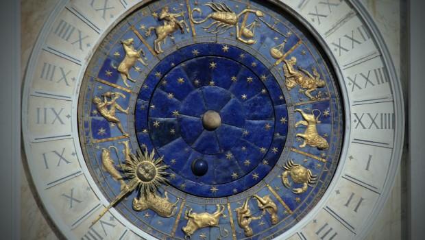 LAV SE PLAŠI KONKURENCIJE, RAK JE PREOSETLJIV: Šta svaki horoskopski znak NIKADA neće priznati sebi ?