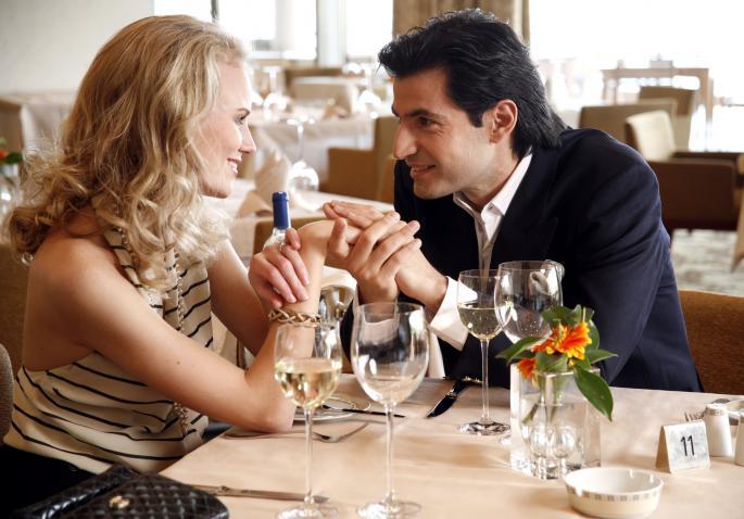 O kakvoj ženi MAŠTA njegov horoskopski znak: Ovan o uspešnoj, Riba nežnoj, a Jarac…