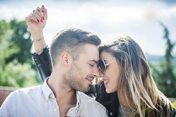 KAD PRONAĐE ONU PRAVU: Ovih 5 stvari će se odreći svaki muškarac AKO VAS VOLI!