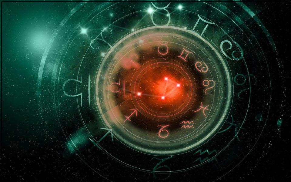 Horoskop  BLISKE BUDUCNOSTI: Neko mora da SLUSA SRCE ako zeli da BUDE SRECAN!